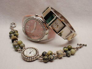 【送料無料】lot 3 womens wrist watch rumours cuff pink hinged cuff geneva bracelet as found