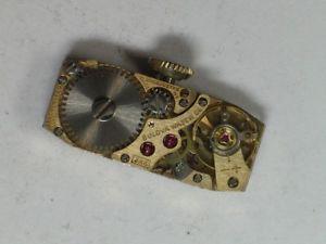 【送料無料】vintage ladies bulova 3ak 17jewel wristwatch movement   m490