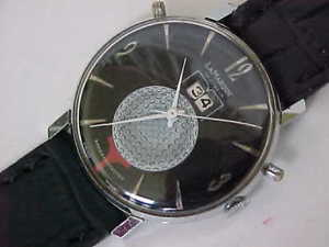 neues angebotsharp unusual louvic golf watch in nice condition and great working order rare