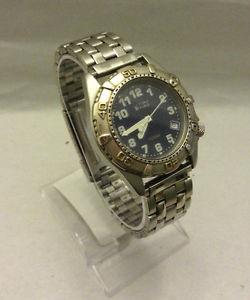 【送料無料】mens time force silver tone date 100 m wr italian design watch battery 9088