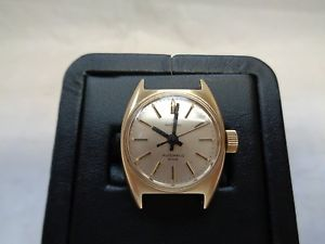 galt amp; bro 14k yellow gold wrist watch 17 jewels  automatic