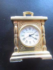 【送料無料】small desk watches sergio valente