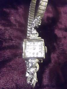 【送料無料】antique wittnauer 14k gold ladies wristwatch refurbished fine working condition