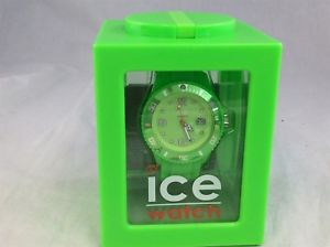 【送料無料】ice watch vivid green 10atm water resistant boxed working
