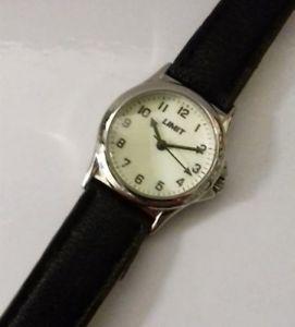 【送料無料】vintage lady girl limit stainless steel glow watch quartz full working order