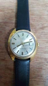 【送料無料】vintage oversize timex watch with date and day 40mm incl crown
