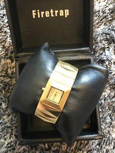 【送料無料】 in box firetrap gold metal watch needs battery