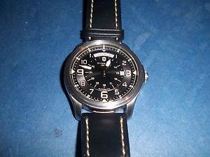 【送料無料】victorinox mens swiss army 241397 infantry vintage day amp; date automatic watch