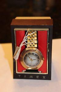 【送料無料】timex vintage watch nos electric needs battery some tarnish