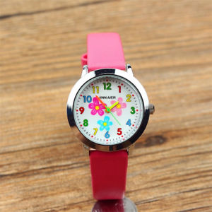 【送料無料】kids leather strap stainless steel quartz flower pattern girls alloy wristwatch