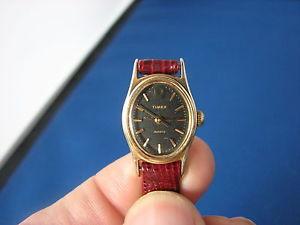 【送料無料】timex ladies quartz watch with leather strap