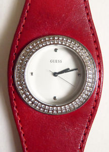 【送料無料】belle montre de femme guess quartz bracelet cuir elle fonctionne watch