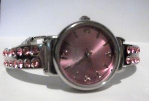 【送料無料】foxy quartz silver tone pink crystal watch needs battery