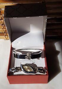 【送料無料】womens silver wrist watch bracelet set jewelry crystals accessorize dressy gifts