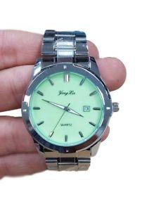 【送料無料】orologio polso uomo analogico quarzo datario elegante silver quad verde lac