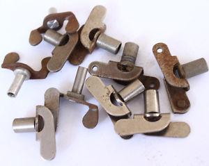 【送料無料】petit lot de boutons, cls remontoires de rveil et pendules b208