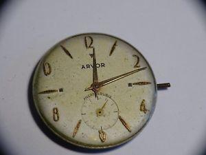 【送料無料】vintage mouvement de montre mcanique arvor
