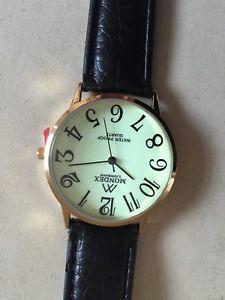 【送料無料】night glowing waterproof quartz leather analogue watch, mum daddy christmas gift