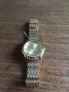 【送料無料】mens gold coloured faye quartz watch w112c