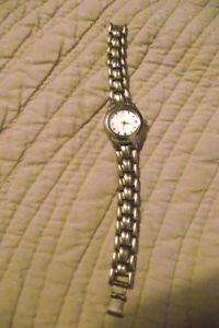 【送料無料】ladies stainless stell ceiqny wristwatch vgc