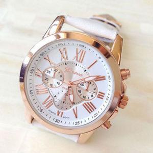 montre blanche neuve bracelet cuir femme fantaisie