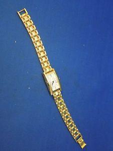 【送料無料】vintage accents womens wristwatch gold tone wrist watch chain strap quartz