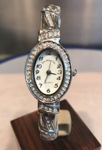 【送料無料】eve mon crois quartz ladies bracelet watch