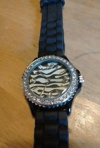 【送料無料】vintage geneva zebra pattern gemmed 5573 watch, running with battery nr b