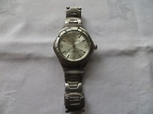 【送料無料】lovely vintage working mens ben sherman wristwatch 50m water resistant