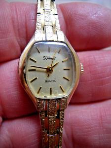 【送料無料】ladies vintage fhinds quartz gold plated bracelet watch with original box