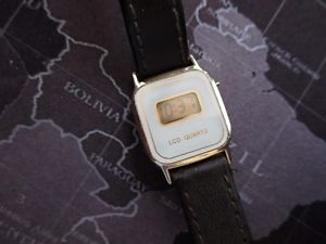 【送料無料】ladies vintage lcd watch running sold as is retro hong kong