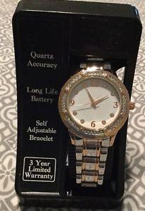 【送料無料】womans quartz accuracy watch adjustable bracelet cristal accent fashion jewelry