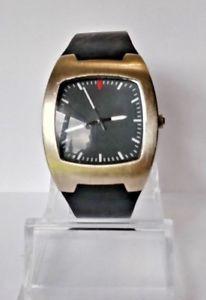 【送料無料】mens vintage drakkar noir stainless steel quartz watch 0186