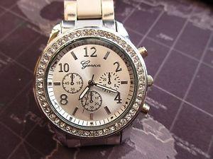 【送料無料】mens modern geneva, quartz watch,  battery