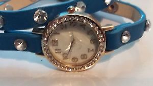 【送料無料】wristwatch ladies double loop blue strap unusual