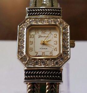 【送料無料】geneva platinum ladies quartz watch w clear rhinestones runs needs battery