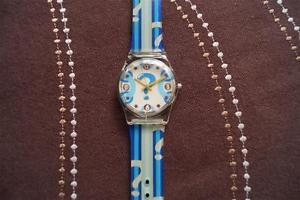 【送料無料】stunning fun watch blue, battery fitted,keeping time lot1