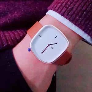 【送料無料】rectangle orange white leather wristwatch mens fashion quartz analogue watches
