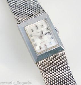 【送料無料】timex womans vintage silver tone electric watch non working