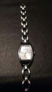 【送料無料】neues angebotrelic womens silver watch