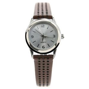【送料無料】geneva womens leather brown watch