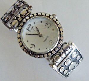 【送料無料】ladys fashion bracelet watch fresh battery