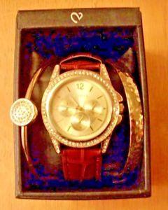 【送料無料】 valletta quartz wrist watch with 2 bracelets