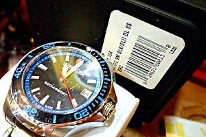 【送料無料】 wenger seaforce midsize 36mm aqua quartz diver watch 010621104