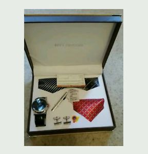 【送料無料】mens ny london wrist watch tie cufflinks gift set christmas special gift