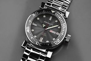 a033gry m 50mm diver 【送料無料】aragon automatic