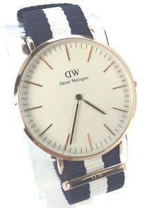 mens classic glasgow navy nylon watch  0104dw   with tagsbox  navywhite