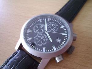 【送料無料】fliegeruhr beobachtungsuhr mit chronograph