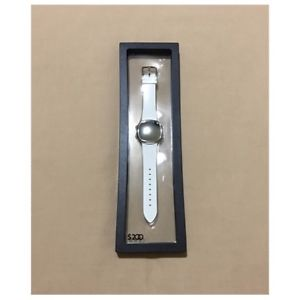 elizabeth and james 200 series digital watch retail 200 nwb