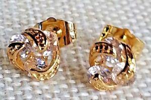 【送料無料】ピアス ゴールドラミネートピアス ohrringe drei engarzadas steinen mit gold laminat 18 kt